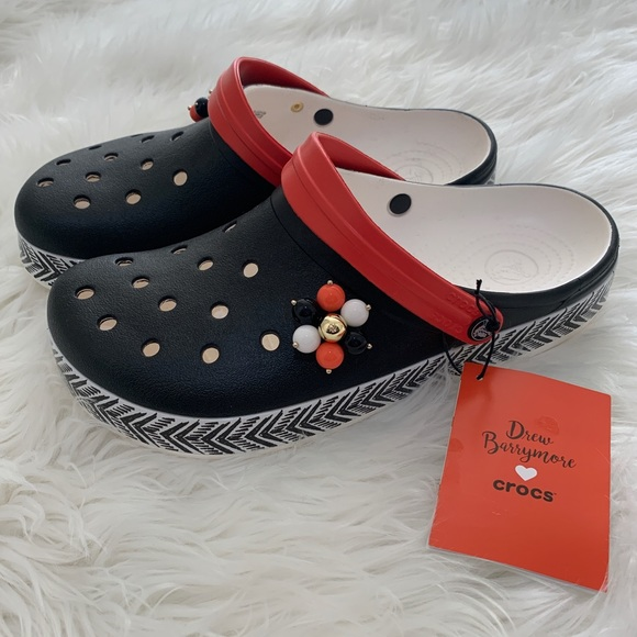 2cde8beb38d9 Drew Barrymore Crocs NWT Slip On Shoes Size 11